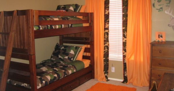 Boys rooms decorated in camo gavin 39 s deer hunting room for Camouflage boys bedroom ideas