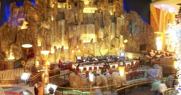 Waterfall Bar At Mohegan Sun Casino Ct With Images Waterfall
