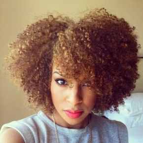 4 Easy Natural Hairstyles You Can Do At Home Natural Hair Styles Easy Curly Hair Styles Natural Hair Styles