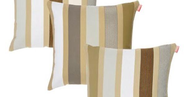 De sierkussen garlin gris hebben brede banen in subtiele aards kleuren een chique kussen voor - Hooi plaid ...