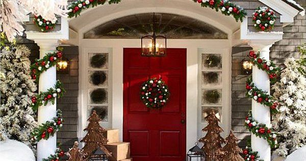 These are soooo beautiful! Is your home decked out for Christmas? Decorating