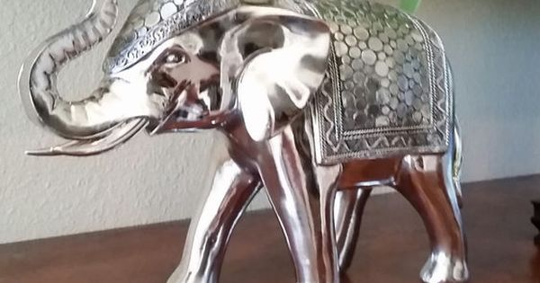 Stunning silver elephant good luck feng shui home decor home decor accents pinterest feng Silver elephant home decor