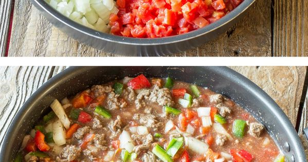 One Pot Wonder Stuffed Pepper Skillet - This simple, one skillet meal