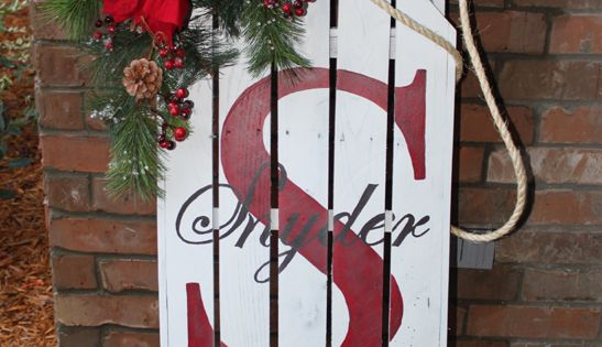Sled Made From Pallets Christmas Pinterest Display