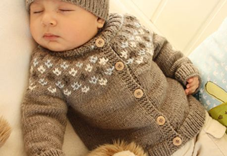 Knitting Pattern For Tortoise Coat : Free pattern: Set comprises: Knitted DROPS jacket with ...