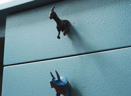 quirky drawer knob idea for kids room