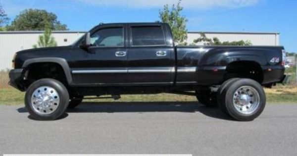 2004 Chevy Silverado 3500 Dually Diesel LT Lifted Truck