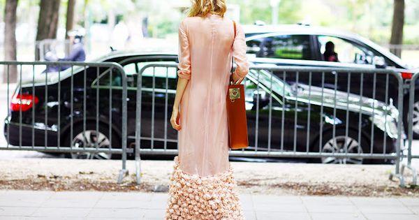street chic | Ulyana Sergeenko dress