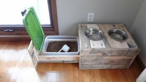Pallet Food Bowl With Storage With Images Wood Dog Bowl Stand