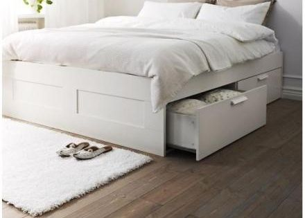 bed that lifts up so you can us all the under the bed. Black Bedroom Furniture Sets. Home Design Ideas