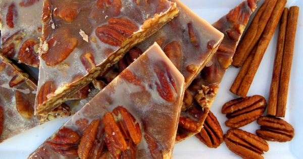 PaleOMG – Paleo Recipes – Thanksgiving Dessert: Chewy Pecan Pie Brittle