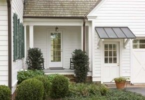 Havens South Designs Loves The Standing Seam Metal Roof Over The Garage Entry Door And The Two Di Garage Door Design Farmhouse Exterior House With Porch