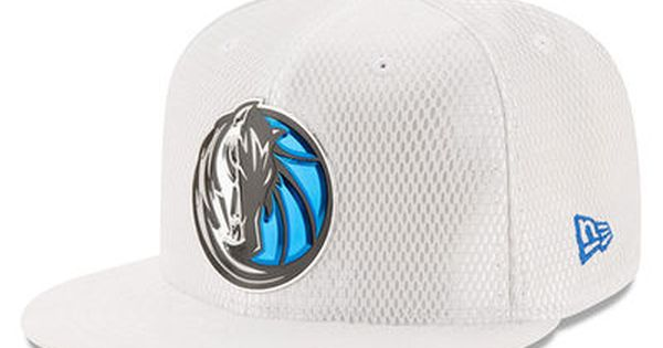 Men S Dallas Mavericks New Era White 2017 Official On Court Collection 59fifty Fitted Hat Dallas Mavericks Fitted Hats Classic Hats