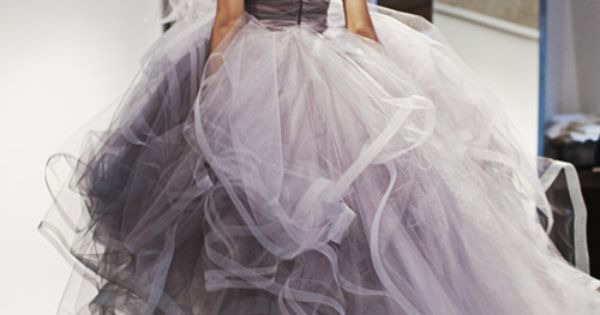 Still love the idea of a grey dress! Oscar De La Renta.