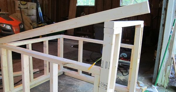 Best How To Construct A Modern Slanted Roof For Your Diy Dog 400 x 300