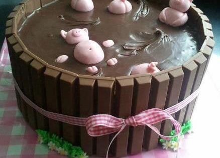 Cute Pigs in Mud Cake cute cake chocolate desert recipe recipes desert