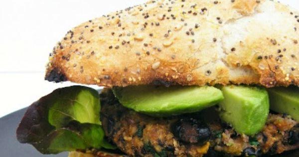 Cajun Spiced Black Bean and Sweet Potato Burgers. Super healthy burgers with