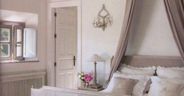 ... da letto romantica - Camera da letto shabby chic  Stiles, Shabby chic