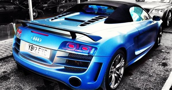 Electric Blue Audi R8