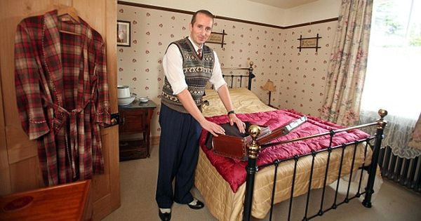 Pictured The Man Who Loves Living In The 1940s Outside Loo And All Cosy Bedroom 1940s And