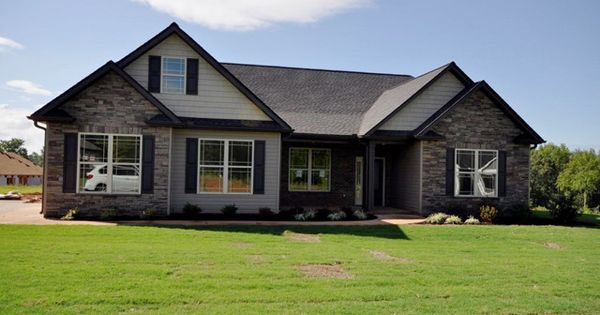 Craftsman ranch single family greer sc absolutely for Single family ranch style homes