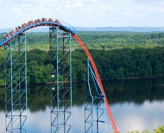10 Scariest Thrill Rides On The Planet Thrill Ride Crazy Roller Coaster Six Flags Great Adventure