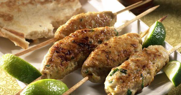Kyllingkebab med raita | Mat og drikke | Pinterest | Chicken kebab ...