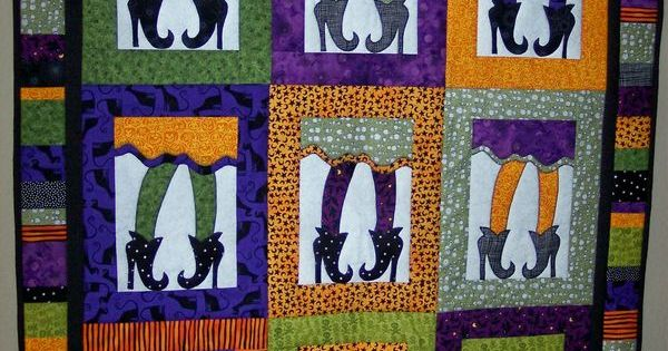 An adorable quilt for Halloween! You can either hang this up or