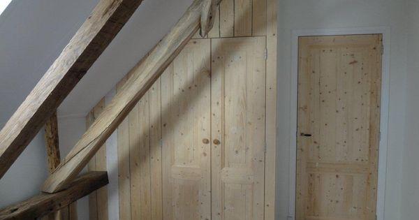 Deuren gemaakt van oud hout, gezaagd uit 100 jaar oude balken ...