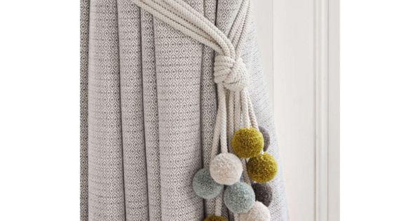 embrasse rideau 80 mod les originaux pour une d coration de charme embrasses. Black Bedroom Furniture Sets. Home Design Ideas