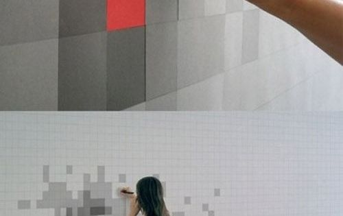 pixilated sticky note wall /art. Seriously would love this in an office,