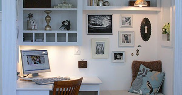 #LOVE LOVE LOVE this Closet converted to small computer/home office space _