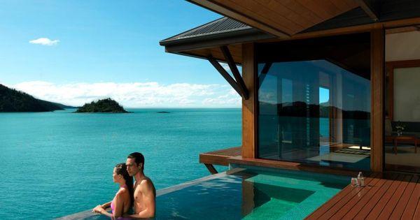 Infinity plunge pool in a Windward pavilion, Qualia Resort, Hamilton Island, Great