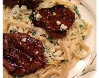 Olive Garden's Steak Gorgonzola Alfredo Pasta. Tastes just like the restaurant!