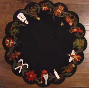 Autumn/'s Glory Table Mat Wool Applique Primitive Gatherings Pattern