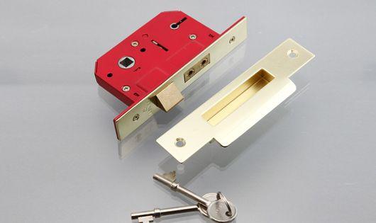 英国製 埋め込みドアラッチ 芯棒穴7mm バックセット57mm 鍵 受け金