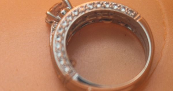 How To Get Rid Of Wedding Ring Rash Clean Wedding Rings Wedding Ring Cleaner Clean Rings
