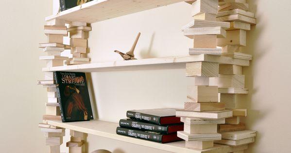 Costruiamo una rustica scaffalatura libreria appesa fai da for Scaffalatura libreria