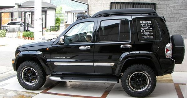 Jeep Renegade Lifted >> The Jeep Liberty, or Jeep Cherokee (KJ/KK) outside North ...