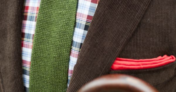 Brown corduroy, plaid shirt, green knit tie, red pocket square. How to