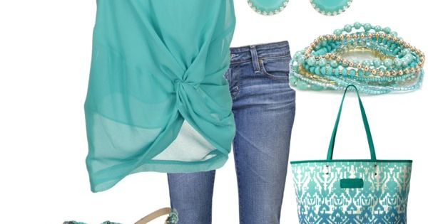 beach outfit - love this color