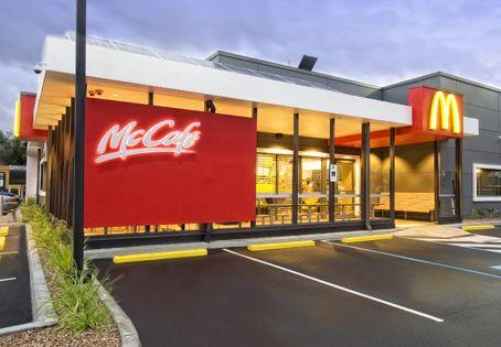 fast food restaurant exterior - Google Search   Retail arq.dec   Pinterest    Restaurant, Australia and Restaurant design