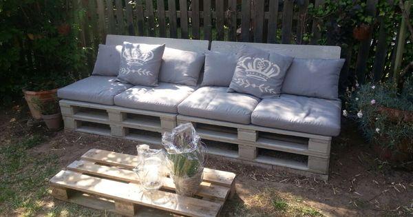 sitzplatz aus paletten polster und kissen von ikea garten pinterest paletten polster. Black Bedroom Furniture Sets. Home Design Ideas