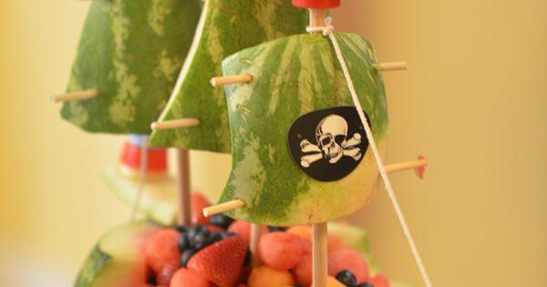 Watermelon pirate ship - fancy-edibles.com