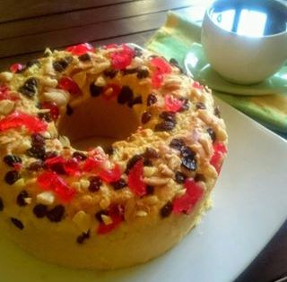 Bruder Cake Manado Merupakan Salah Satu Dari Banyak Makanan Khas Manado Nama Daerah Yang Di Ikutkan Pada Nama Makanan Menun Makanan Makanan Enak Coffee Cake