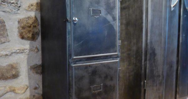 Vous propose ce meuble ancien casier d 39 cole ann es - Ancien casier metallique ...