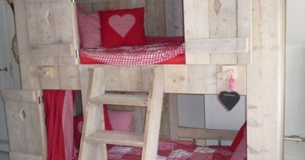 Huis stapelbed ginterieur idee n bed meisje pinterest stapelbed kinderkamer en slaapkamer - Deco meisjes slaapkamer ...
