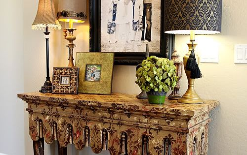 Entry Way Photo Display- the table style and 3 lamps is a
