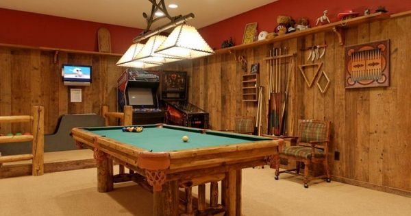 Game Room With Wall Wood Design Lighting