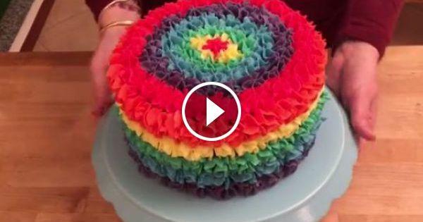 rainbow surprise pi ata m m cake pinata torte regenbochen kuchen rezept. Black Bedroom Furniture Sets. Home Design Ideas